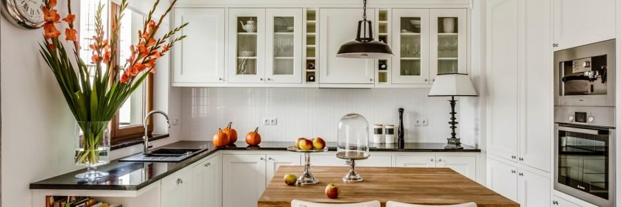 Wie man eine Küche im skandinavischen Stil dekorieren
